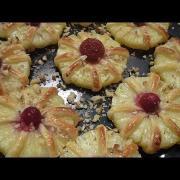 Ананасы в тесте. Как красиво оформить стол. Блюда из ананаса